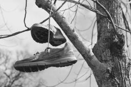 [POTD] Who needs shoes?